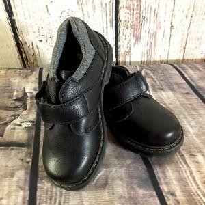 Dr. Martens Lucas NWOT Velcro Oxford Boys Sz 10 US